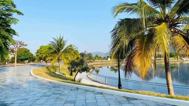 Hình ảnh tiến độ thực tế Golden Bay Cam Ranh
