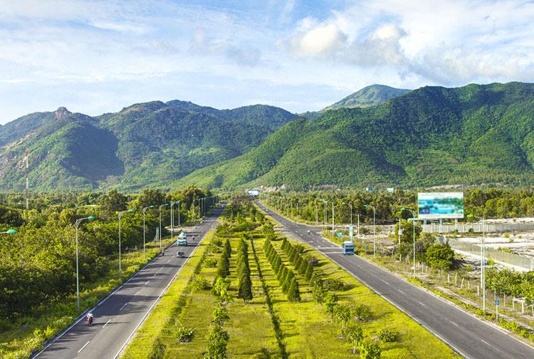 Hình ảnh từ trên cao xuống khu du lịch Cam Ranh - Phan Thiết