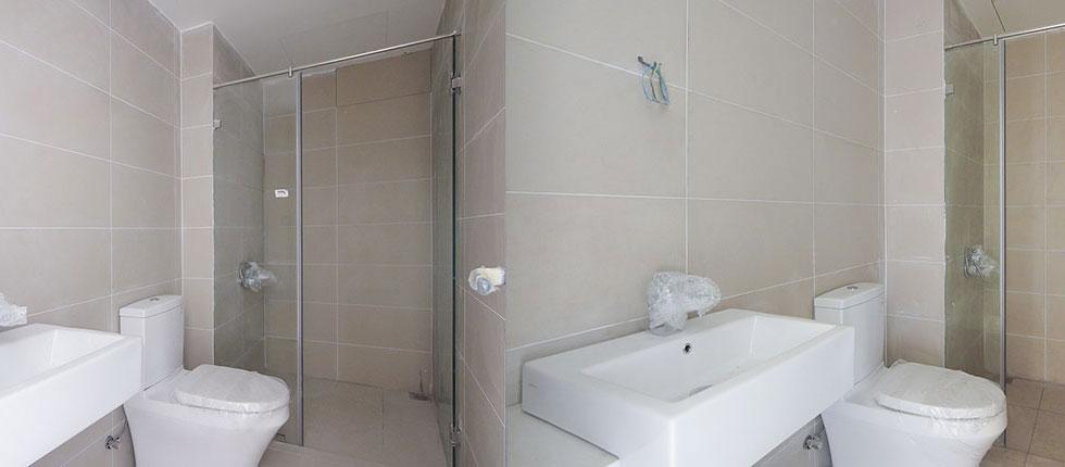 Thi công lắp đặt thiết bị WC căn hộ tầng 20 - 21 block A1 - Q7 Boulervard